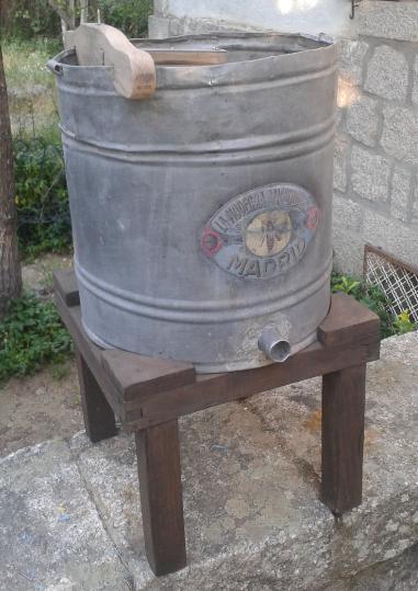 Museo de apicultura del Aula Apicola Sierra de Hoyo