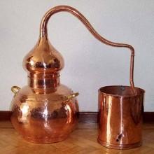Talleres de educación ambiental: destilación de plantas aromáticas